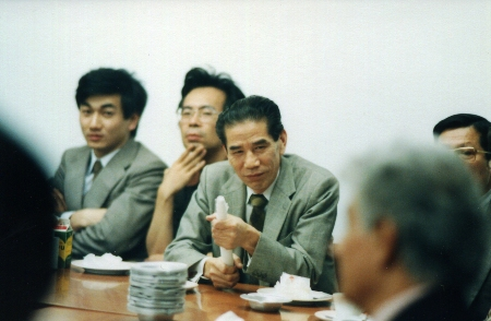kawahara03(私と3人).jpg